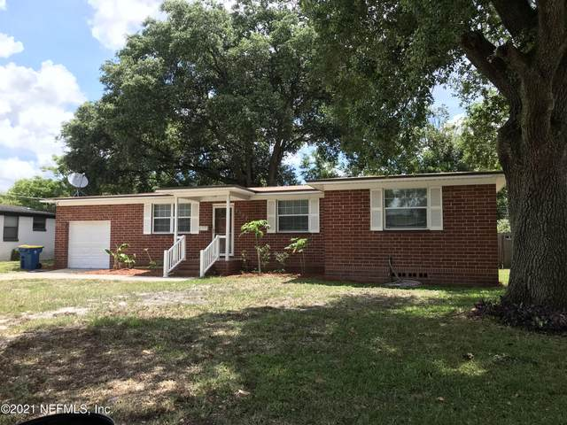 2527 Blueberry Ln, Jacksonville, FL 32211 (MLS #1113839) :: The Perfect Place Team
