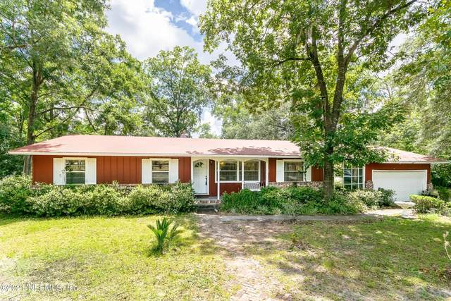 692 Lake Asbury Dr, GREEN COVE SPRINGS, FL 32043 (MLS #1113861) :: The Newcomer Group