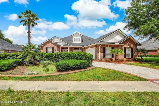 1156 Emilys Walk Ln E, Jacksonville, FL 32221 (MLS #1114114) :: The Huffaker Group