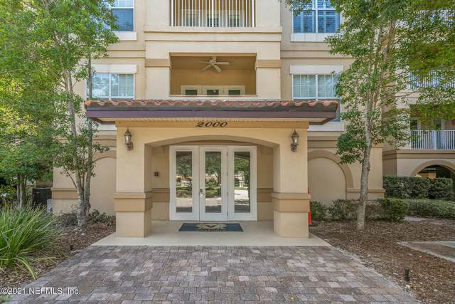 4300 South Beach Pkwy #2105, Jacksonville Beach, FL 32250 (MLS #1114132) :: The Huffaker Group