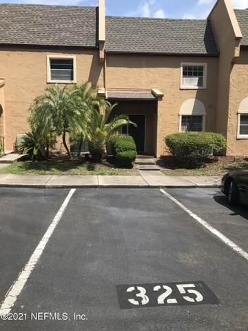 325 Greencastle Dr #55, Jacksonville, FL 32225 (MLS #1114259) :: EXIT Real Estate Gallery