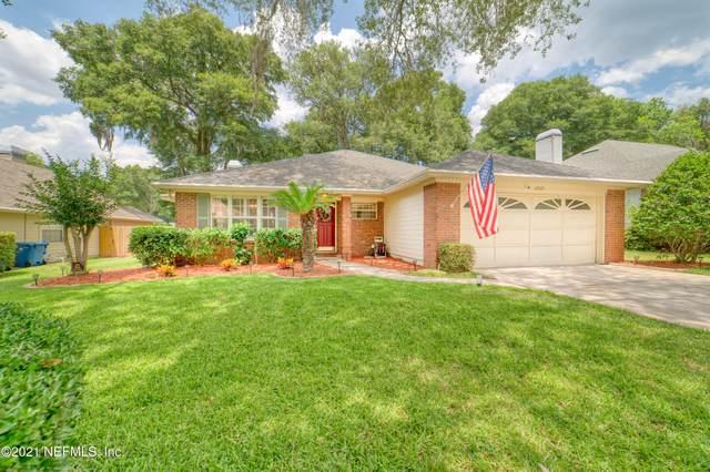 10925 Whitworth Ct, Jacksonville, FL 32225 (MLS #1114291) :: Keller Williams Realty Atlantic Partners St. Augustine