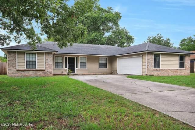 2440 Camphorwood Ct, Orange Park, FL 32065 (MLS #1114534) :: Berkshire Hathaway HomeServices Chaplin Williams Realty