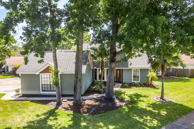 2224 Indian Springs Dr, Jacksonville, FL 32246 (MLS #1114696) :: The Impact Group with Momentum Realty