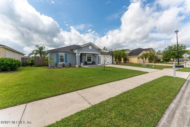 2069 Creekmont Dr, Middleburg, FL 32068 (MLS #1114844) :: Berkshire Hathaway HomeServices Chaplin Williams Realty