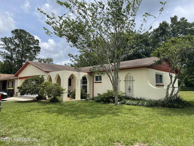 8570 Canton Dr, Jacksonville, FL 32221 (MLS #1114901) :: EXIT 1 Stop Realty