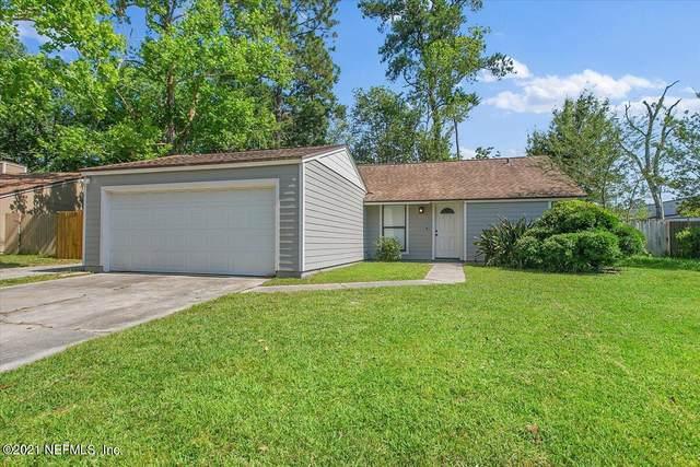 6839 Coralberry Ln N, Jacksonville, FL 32244 (MLS #1114981) :: 97Park