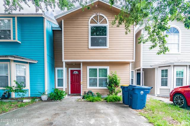 12065 Cobblewood Ln N, Jacksonville, FL 32225 (MLS #1115490) :: The Impact Group with Momentum Realty