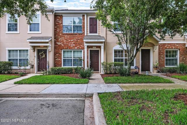 8089 Summerside Cir, Jacksonville, FL 32256 (MLS #1115563) :: Berkshire Hathaway HomeServices Chaplin Williams Realty