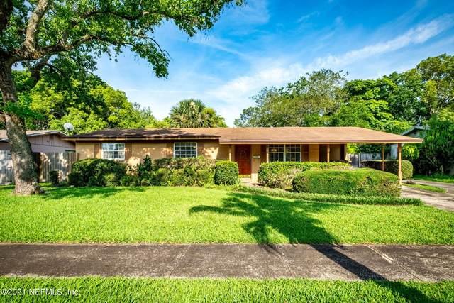 4032 Pelican Rd, Jacksonville, FL 32207 (MLS #1116342) :: The Volen Group, Keller Williams Luxury International