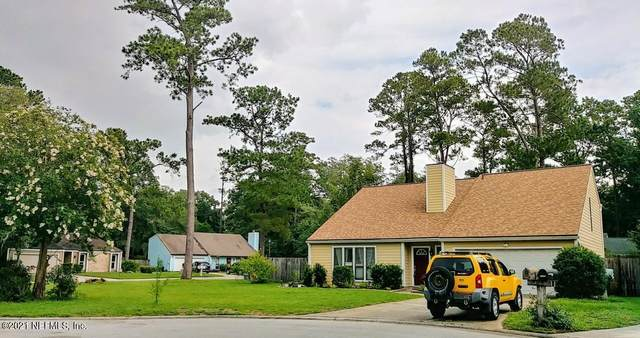 11147 Wethersfield Ct, Jacksonville, FL 32257 (MLS #1116560) :: The Newcomer Group