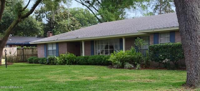 8216 Parkridge Cir N, Jacksonville, FL 32211 (MLS #1116564) :: The Impact Group with Momentum Realty