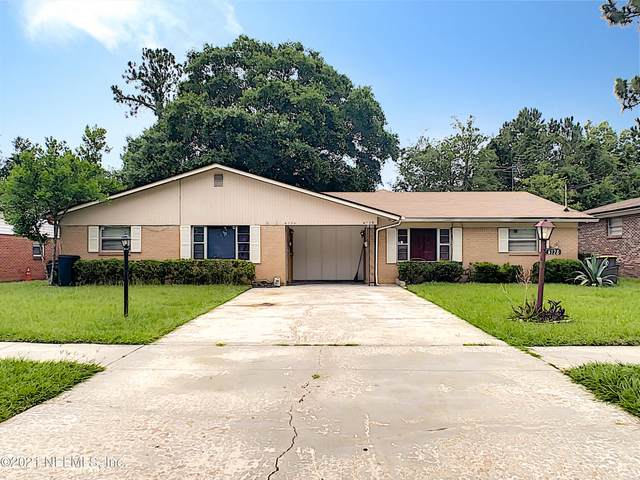 6126 Longchamp Dr #1, Jacksonville, FL 32244 (MLS #1117028) :: Berkshire Hathaway HomeServices Chaplin Williams Realty