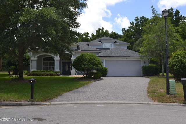 8856 Harpers Glen Ct, Jacksonville, FL 32256 (MLS #1117147) :: EXIT 1 Stop Realty