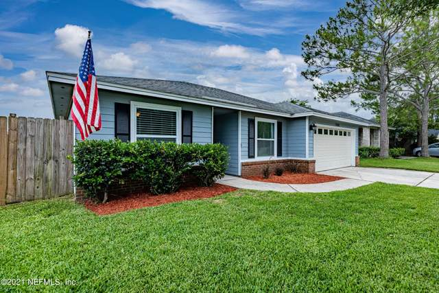 12582 Hickory Lakes Dr, Jacksonville, FL 32225 (MLS #1117258) :: CrossView Realty