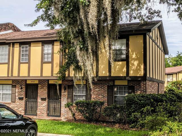8200 Oxford Forest Dr, Jacksonville, FL 32217 (MLS #1117276) :: CrossView Realty