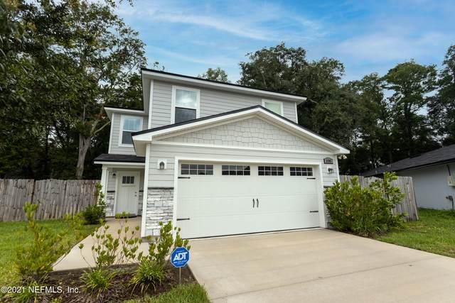 8303 Thor St, Jacksonville, FL 32216 (MLS #1117423) :: The Newcomer Group