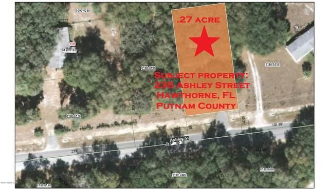 235 Ashley St, Hawthorne, FL 32640 (MLS #1118199) :: The Perfect Place Team