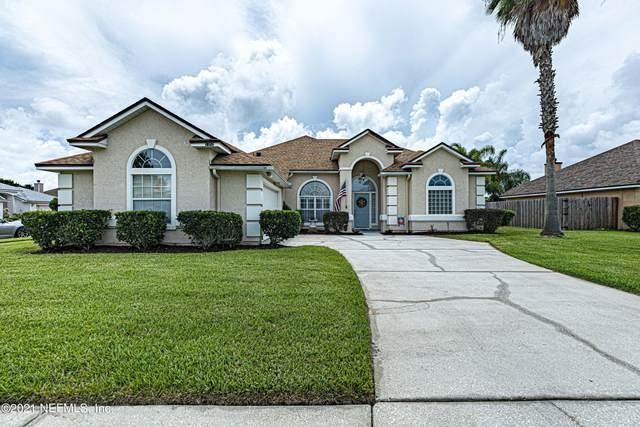 2352 Longmont Dr, Jacksonville, FL 32246 (MLS #1118368) :: The Volen Group, Keller Williams Luxury International