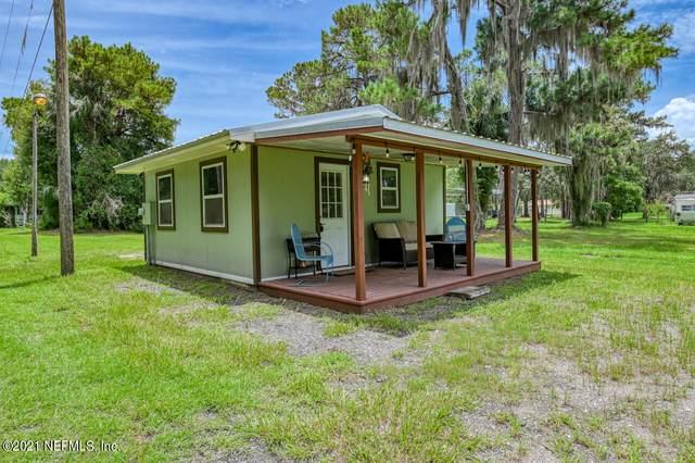 235 & 243 Hess Rd, Crescent City, FL 32112 (MLS #1118927) :: Berkshire Hathaway HomeServices Chaplin Williams Realty