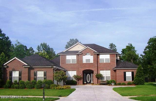 2415 Golden Bell Ln, Orange Park, FL 32003 (MLS #1119150) :: The Huffaker Group