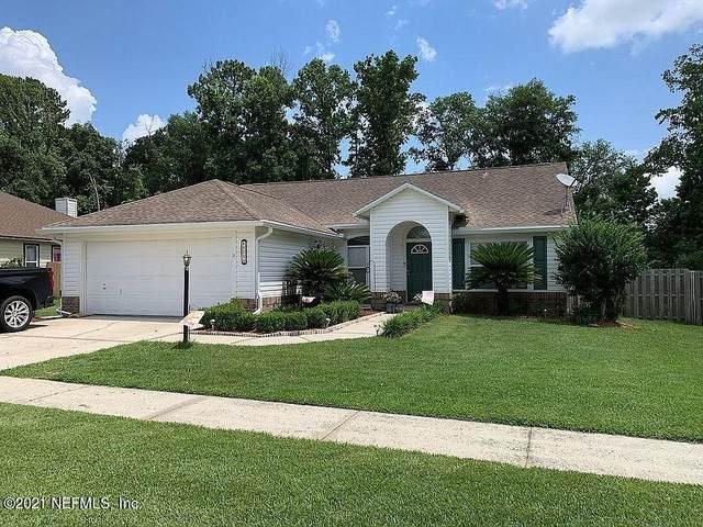 8971 Rockpond Meadows Dr, Jacksonville, FL 32221 (MLS #1119231) :: The Volen Group, Keller Williams Luxury International