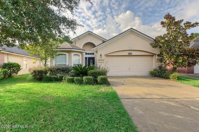 3519 Waterford Oaks Dr, Orange Park, FL 32065 (MLS #1119328) :: EXIT 1 Stop Realty