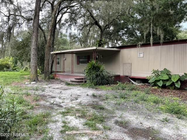 605 Cordell Ave, Interlachen, FL 32148 (MLS #1119992) :: Berkshire Hathaway HomeServices Chaplin Williams Realty