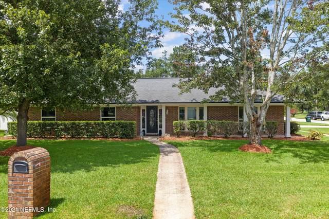 11471 Scott Mill Rd, Jacksonville, FL 32223 (MLS #1120035) :: The Volen Group, Keller Williams Luxury International