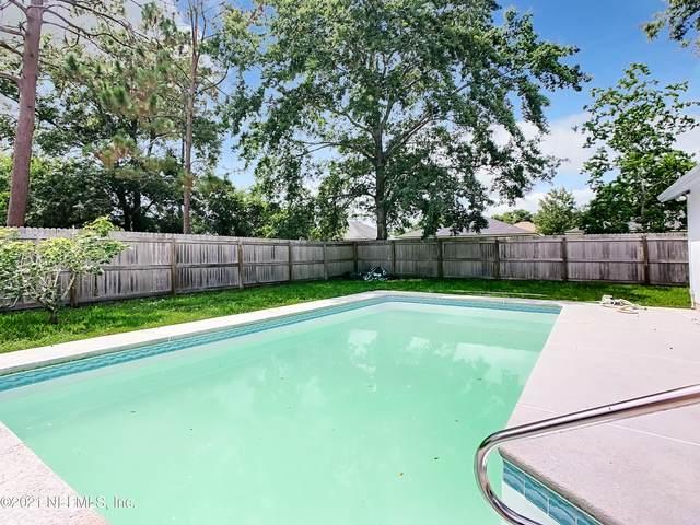 8233 Cheryl Ann Ln, Jacksonville, FL 32244 (MLS #1120167) :: EXIT 1 Stop Realty