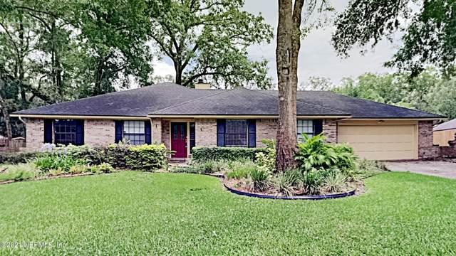 3274 Twisted Oaks Ln, Jacksonville, FL 32223 (MLS #1120256) :: EXIT Real Estate Gallery
