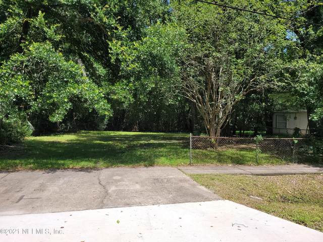 9353 Waynesboro Ave, Jacksonville, FL 32208 (MLS #1120764) :: The Volen Group, Keller Williams Luxury International