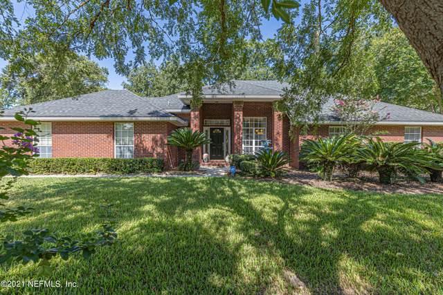 1704 Montclair Cove Ct, Jacksonville, FL 32259 (MLS #1120882) :: The Huffaker Group