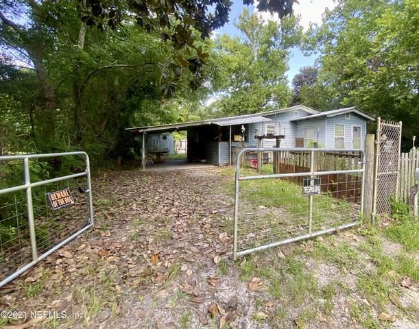86047 Carr Village Dr, Yulee, FL 32097 (MLS #1120950) :: The Huffaker Group