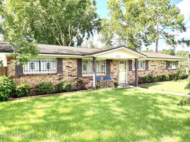8797 Country Creek Blvd, Jacksonville, FL 32221 (MLS #1121005) :: The Hanley Home Team