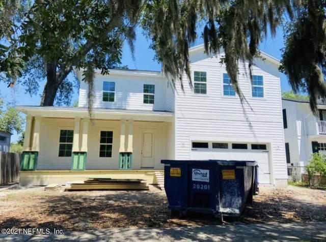 2749 White Oak Ln, Jacksonville, FL 32207 (MLS #1121262) :: The Huffaker Group