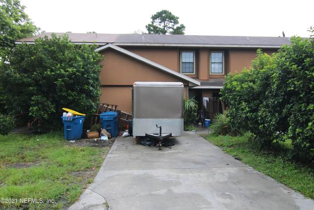 4252 Polo Ct, Jacksonville, FL 32277 (MLS #1121623) :: The Volen Group, Keller Williams Luxury International