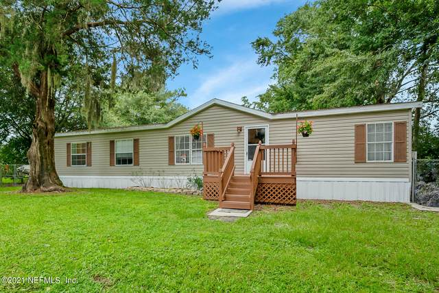 75746 Johnson Lake Dr, Yulee, FL 32097 (MLS #1121834) :: The Huffaker Group