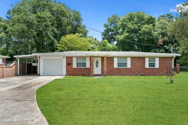 2111 Maple Leaf Dr E, Jacksonville, FL 32211 (MLS #1121964) :: Berkshire Hathaway HomeServices Chaplin Williams Realty