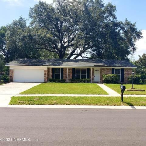 1054 Bay Cir N, Orange Park, FL 32073 (MLS #1121989) :: EXIT 1 Stop Realty