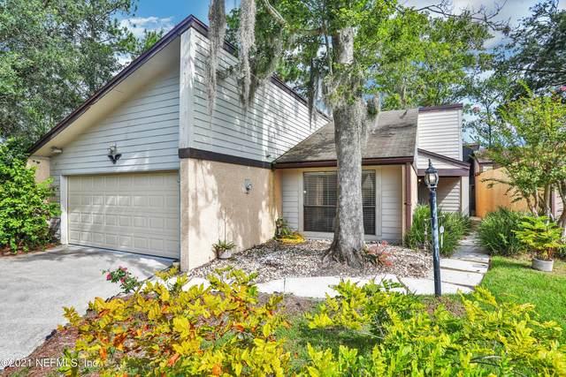 3207 Cracker Cart Ln, Jacksonville, FL 32223 (MLS #1122197) :: The Huffaker Group
