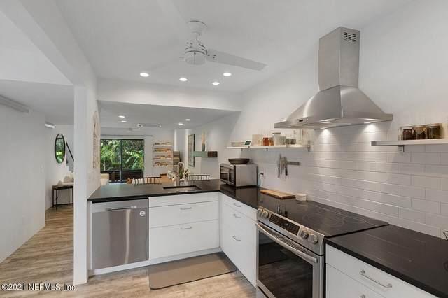 222 Poinsettia St, Atlantic Beach, FL 32233 (MLS #1122325) :: Olde Florida Realty Group