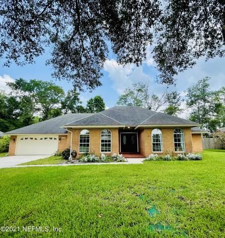 12129 Honey Creek Pl, Jacksonville, FL 32223 (MLS #1122405) :: The Volen Group, Keller Williams Luxury International