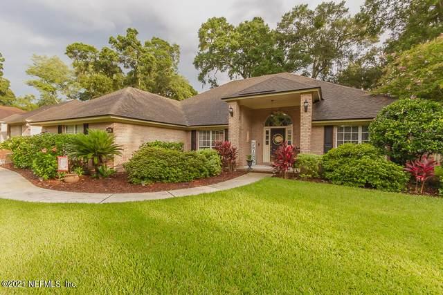 7246 Placid Oaks Dr, Jacksonville, FL 32277 (MLS #1122498) :: The Newcomer Group