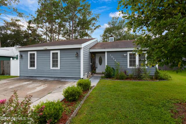 10242 Lake Pines Rd, Jacksonville, FL 32257 (MLS #1122641) :: The Impact Group with Momentum Realty