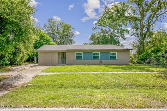 2361 Townsend Blvd, Jacksonville, FL 32211 (MLS #1122823) :: The Volen Group, Keller Williams Luxury International