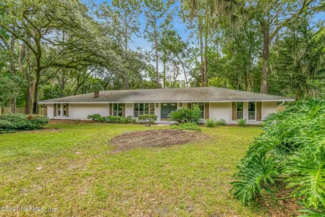 3024 Shady Dr, Jacksonville, FL 32257 (MLS #1123558) :: The Huffaker Group