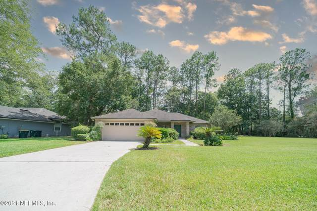 4310 Carriage Crossing Dr, Jacksonville, FL 32258 (MLS #1123643) :: The Perfect Place Team