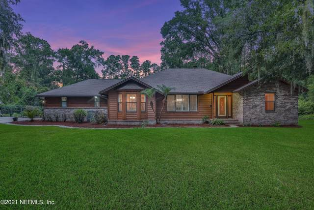 3826 Schoenwald Ln, Jacksonville, FL 32223 (MLS #1124133) :: The Impact Group with Momentum Realty