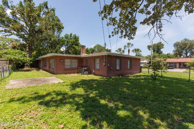 5716 Banyan Dr, Jacksonville, FL 32244 (MLS #1124324) :: The Perfect Place Team